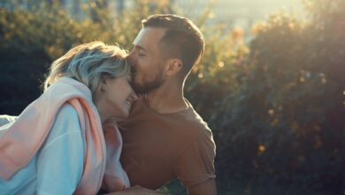 Photo of 9 Things Real Men Should Never Make in a Relationship