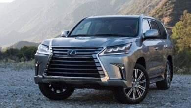 Photo of Opening the hood of the Lexus LX 570